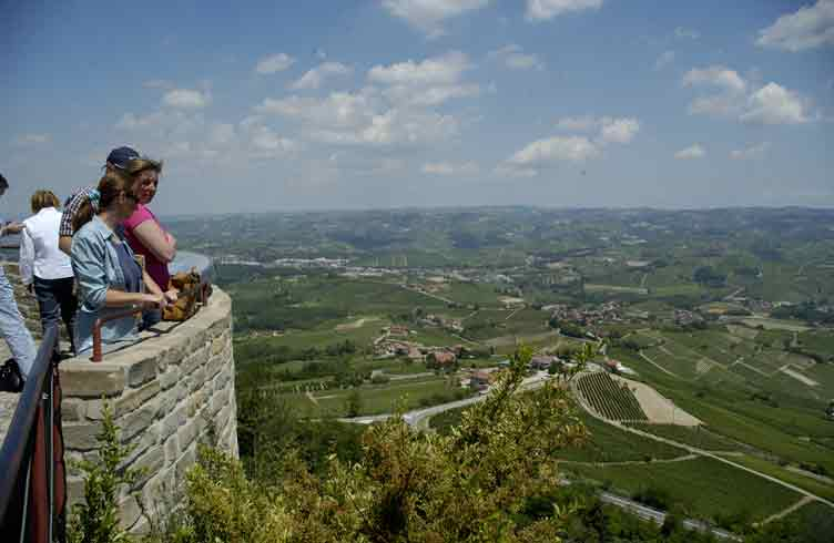 The view from Lamora over vineyards to Barolo - www.stayinpiedmont.com